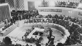 1963 fundada a oua2