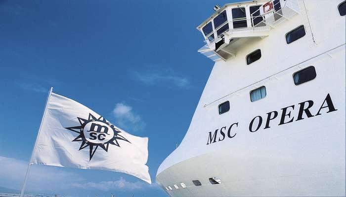 MSC Opera recebe comitiva diplomática de Angola