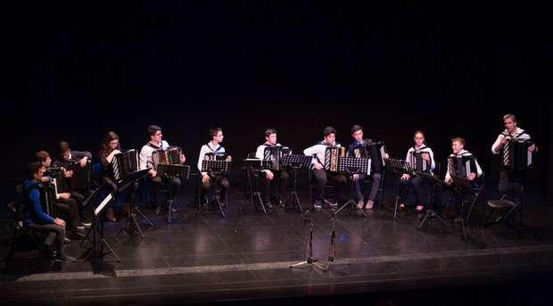 Ensemble de acordeãos na Fortaleza de Sagres