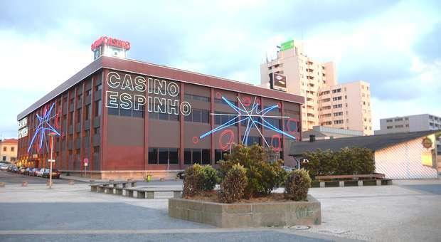 O humor do Clube de Comédia no Casino de Espinho