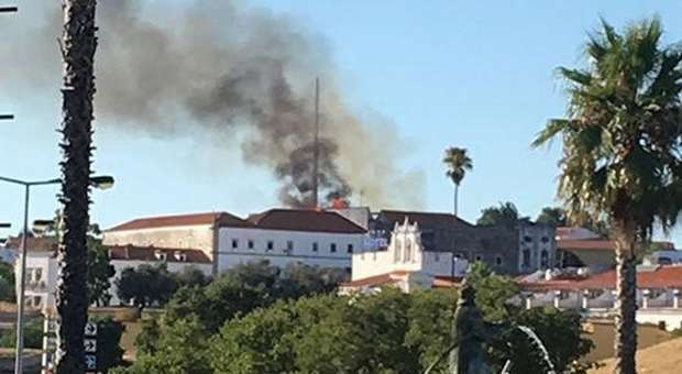 Incêndio consumiu parte do Convento de São Paulo em Elvas