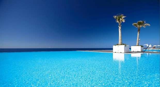 Infinity pool de Hotel português no TOP 10 mundial