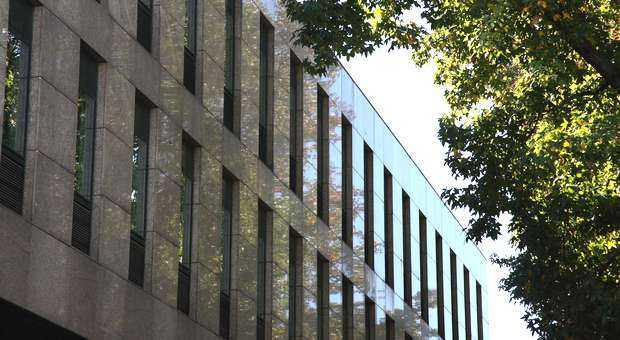 A JLL coloca multinacional francesa no edifício Oporto Center