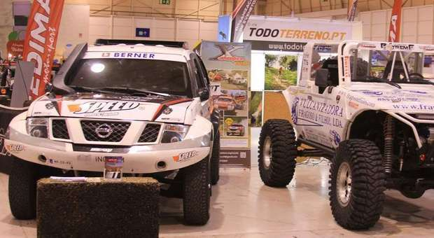 Máquinas Extreme Trial 4x4 expostas no Motor Racing na FIL