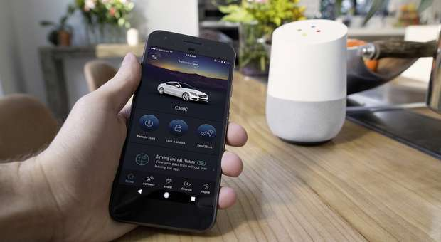 A Mercedes Benz abre vagas para talentos do setor digital