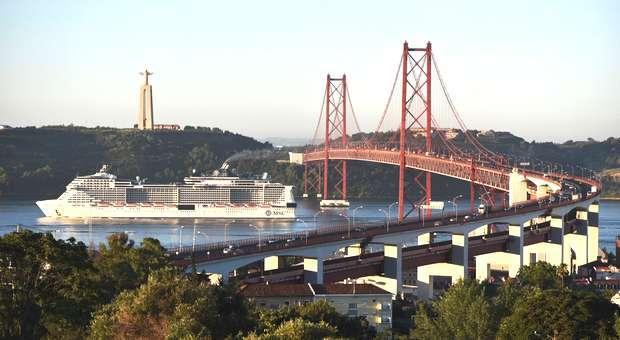 MSC Meraviglia visitou Lisboa na viagem inaugural