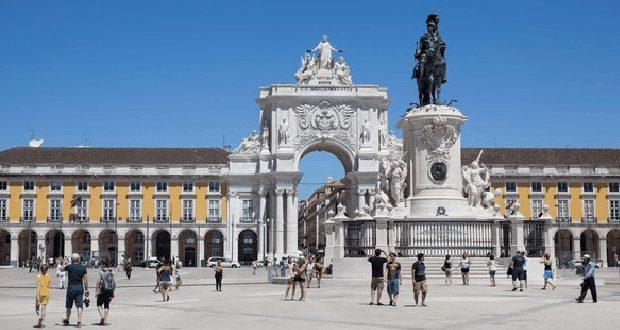 Os Dez Paises que mais se interessam pelo destino Portugal