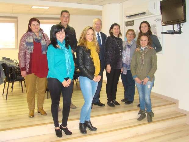ARS Algarve celebra contratos com assistentes técnicos
