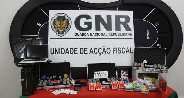 Unidade Fiscal da GNR de Faro encerrou casino em Olhão.