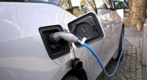 Postos de carregamento de carros elétricos fora de serviço
