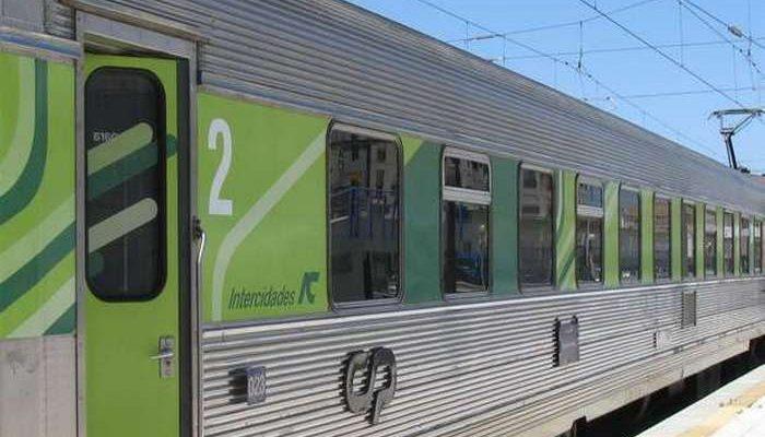 A CP reforça oferta de comboios para o NOS Alive