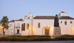 Exposição De Faro a Goa: uma viagem pelos azulejos de Ramalho Ortigão