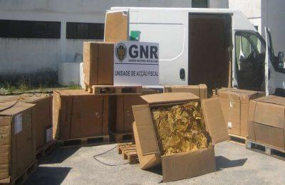 A GNR de Setúbal apreende 1280 kilos de tabaco