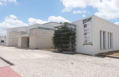 """Espetáculo """"Dançar Abril"""" no Centro Cultural de Poceirão"""