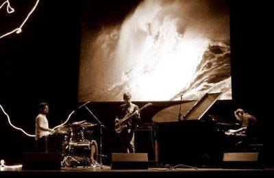 Espetáculo da Banda IN TENTO trio na Biblioteca de Faro