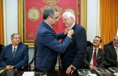 Ponta Delgada homenageou o Senador John Correia