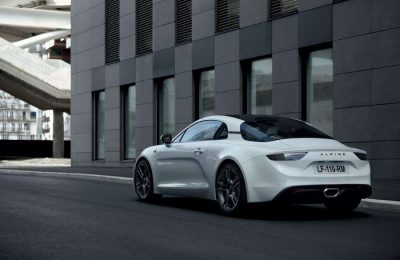 O Alpine A110S é um desportivo mais leve e compacto