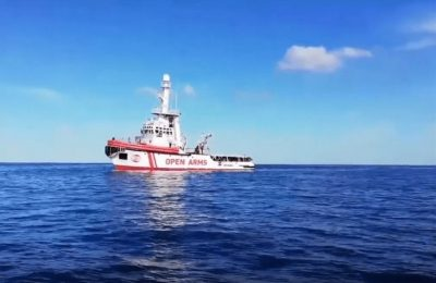 Portugal recebe 10 resgatados do navio Open Arms