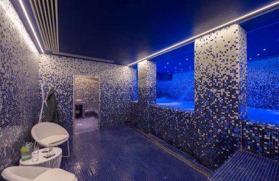 O Hotel Califórnia no centro da cidade de Albufeira, no Algarve, anuncia um refúgio exclusivo para os sentidos, o D'SPA, o primeiro SPA 100% Orgânico e Vegan de Portugal.
