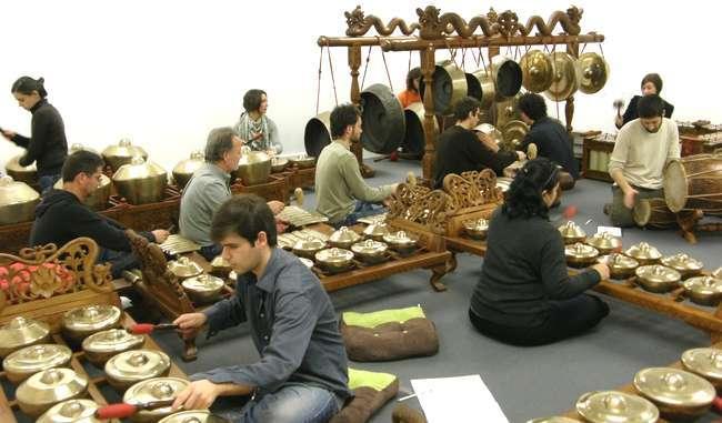 Oficinas da Escola de Gamelão da Ilha de Java no Museu do Oriente