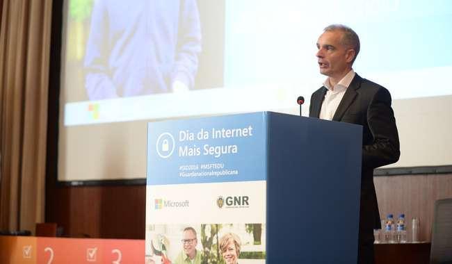 Microsoft e GNR promovem Internet Segura