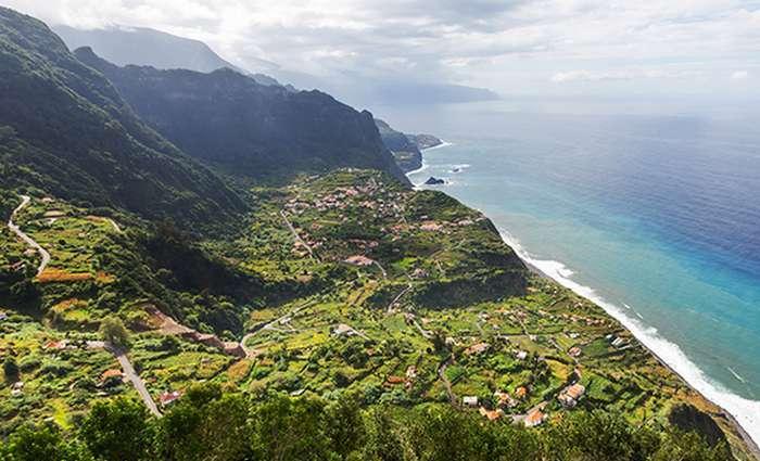 easyJet anuncia novas rotas do Porto para o Funchal