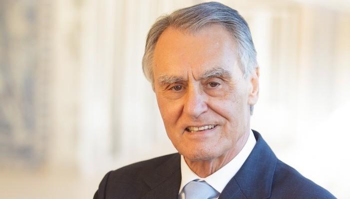 Cavaco Silva galardoado pelos antigos alunos do ISEG