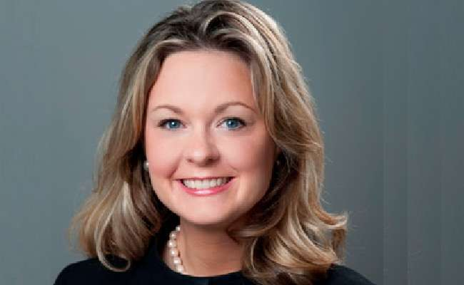 A Travelport contratou a lobista Kelly Kolb