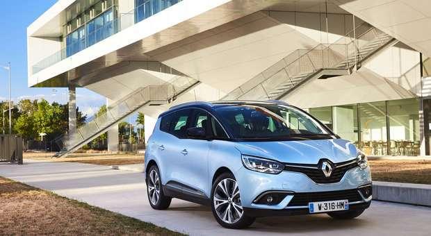 Já está disponível o Renault Grand Scénic 7 Lugares