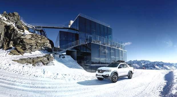 A Renault apresenta em Genebra a versão pick-up Alaskan