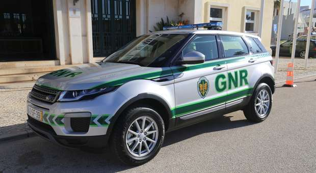 Vila do Bispo entrega viatura ao destacamento local da GNR