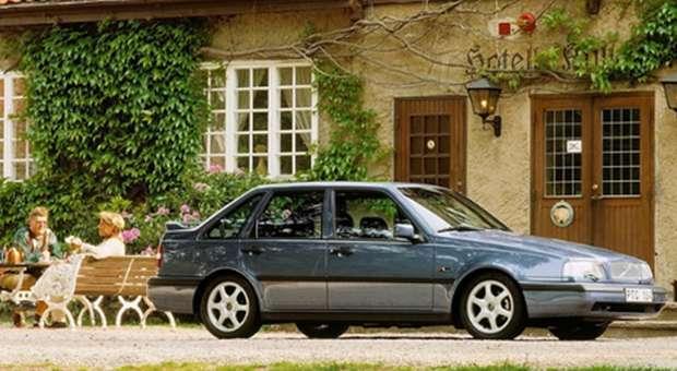 O icónico Volvo 440 comemora o 30º Aniversário