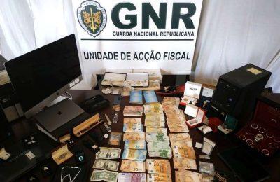 GNR Porto apreende ouro, diamantes, armas e munições