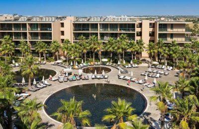 NAU Hotels anuncia 400 vagas de emprego no Algarve