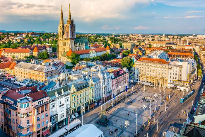 A Emirates promove os voos para Zagreb na Croácia