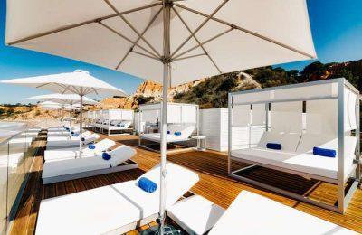 Reabriu o Restaurante Bar MARÉ na Praia da Falésia