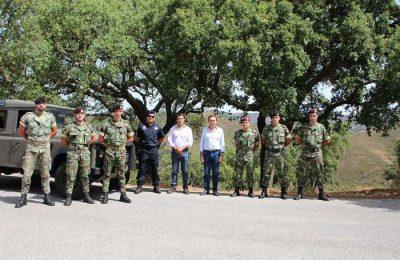 Exército português patrulha a Serra do Caldeirão