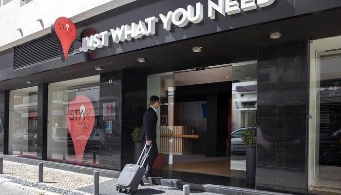 A STAY HOTELS reduz as embalagens de plástico