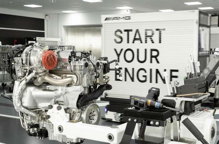 Fábrica de motores da Mercedes-AMG é Fábrica do Ano