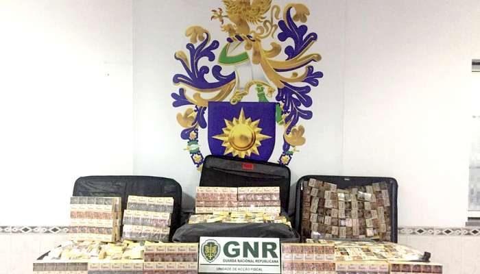 GNR apreende milhares de cigarros no Aeroporto de Lisboa