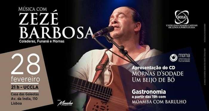 Espetáculo de Zézé Barbosa no auditório da UCCLA