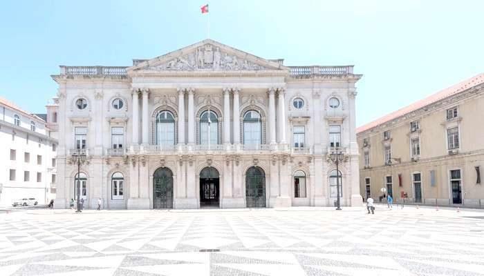 Portal da Queixa e Câmara de Lisboa assinaram protocolo