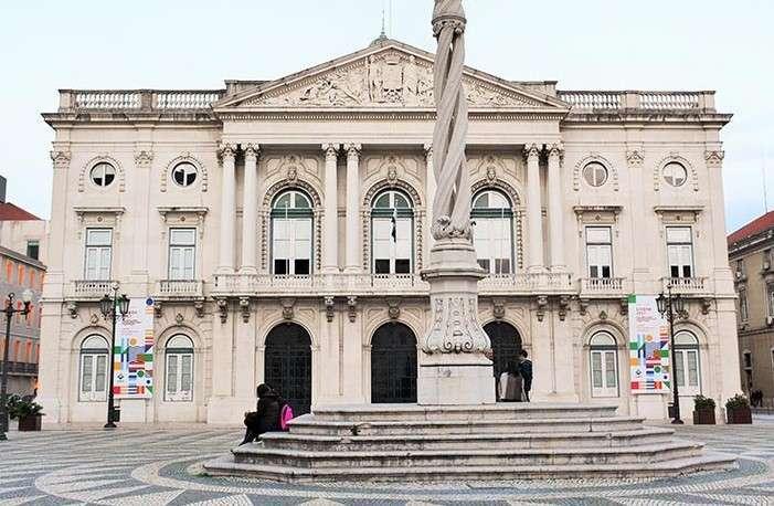 Lisboa reforça o fundo de emergência social com 25 M€