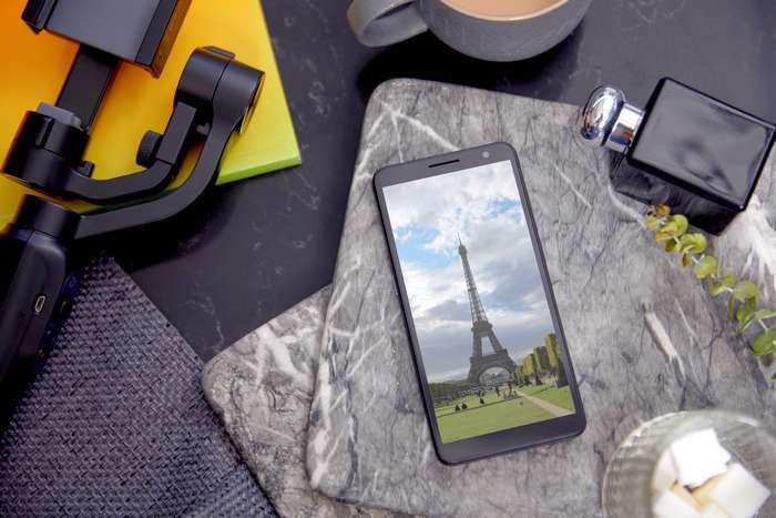 Já chegou ao mercado o novíssimo smatphone TCL Plex