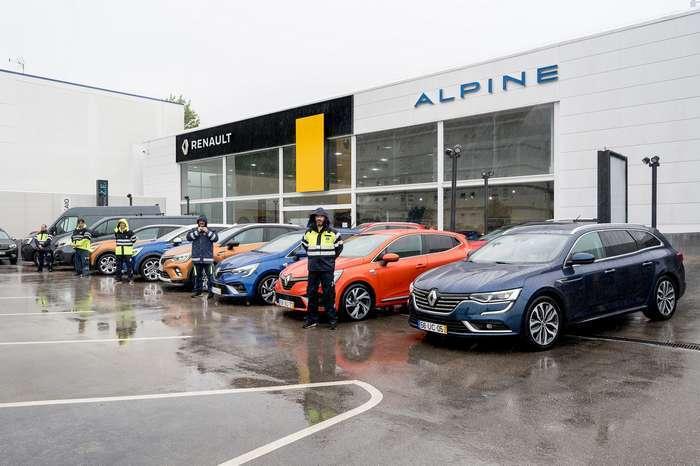 A Renault Portugal disponibiliza oito viaturas ao INEM