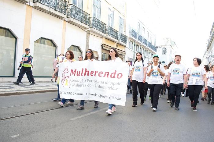 Associação Mulherendo Apoia Mulheres com Endometriose