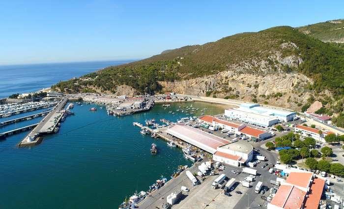 Melhoramentos no porto de pesca de Sesimbra