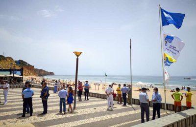 Lagos já hasteou a Bandeira Azul nas Praias do Concelho