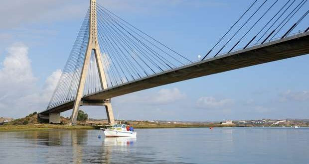 """Ponte Internacional do Guadiana vai ser """"Ponte Mandela"""""""