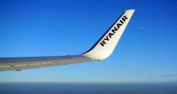 A Ryanair aumenta o número de voos semanais para Faro